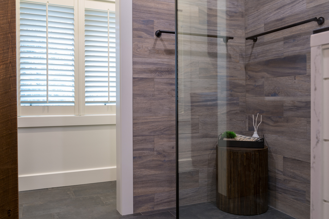 bathroom-design-glass-shower-wall-odwyer-design-build