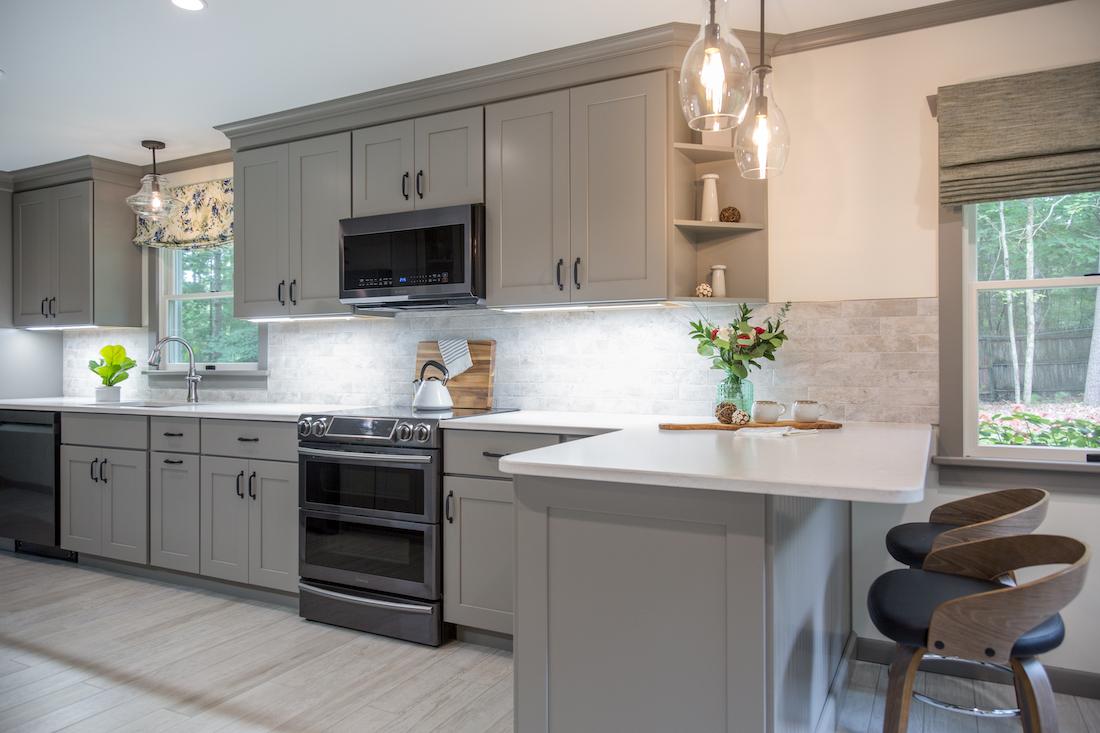 kitchen-renovation-island-counter-barstools-odwyer-design-build