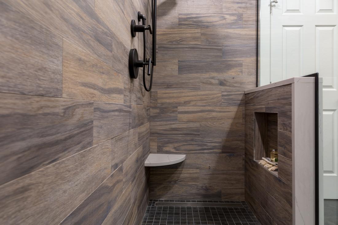 open-shower-wood-panel-half-wall